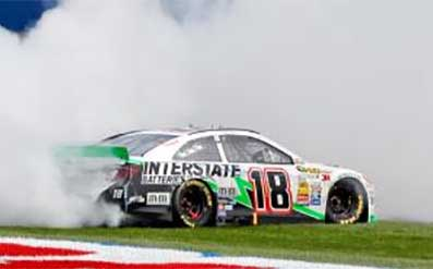 Kyle Busch Wins California 400